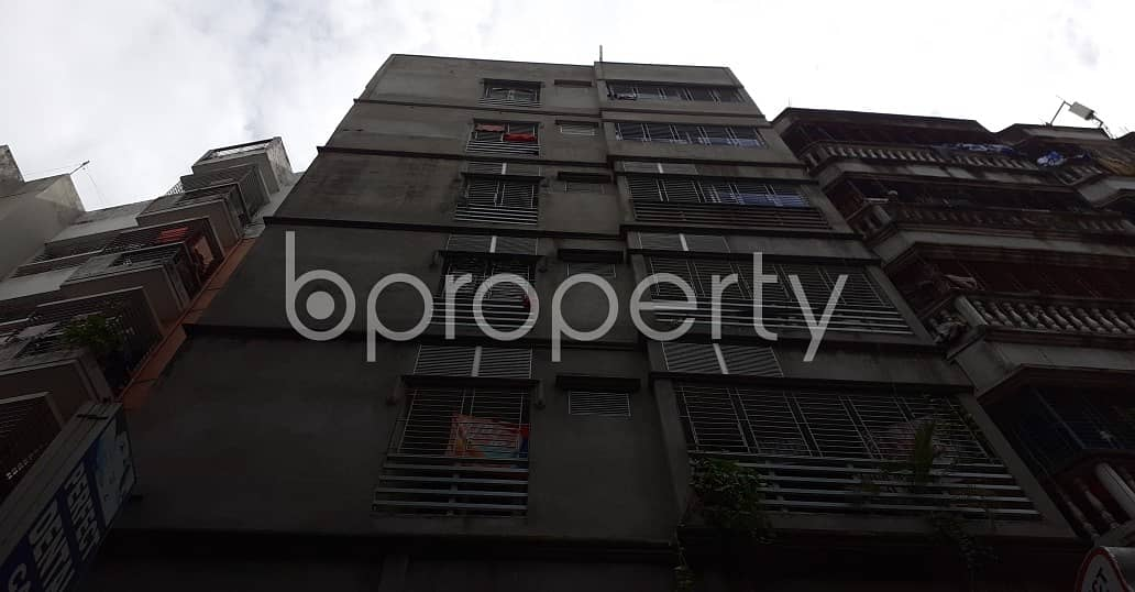 750 Sq Ft flat is now available to rent in Bangshal