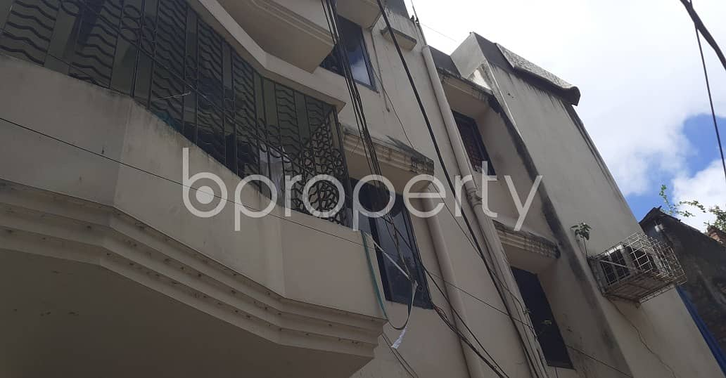 For Rental purpose 900 SQ FT flat is now up to Rent in Bakalia