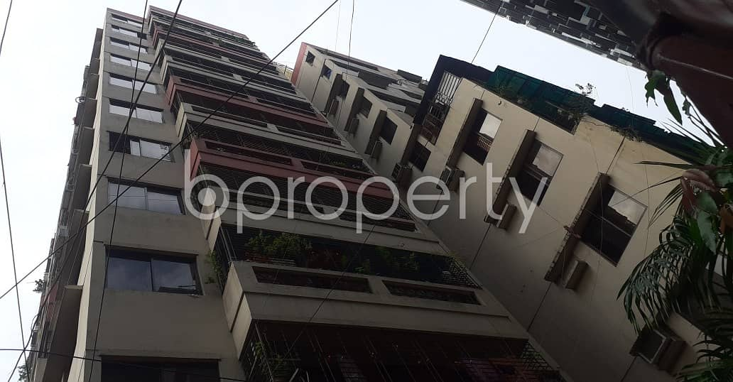 Impressive Flat Is Up For Rent In New Elephant Road, Near Medical College Jame Masque.