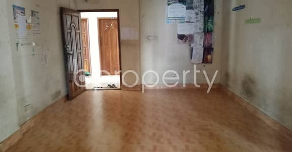 2 Bedroom Apartment for Sale in Kathalbagan, Dhaka - An Attractive Apartment Is Up For Sale Covering An Area Of 900 Sq Ft At Kathalbagan.