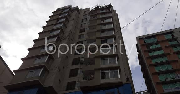 Floor for Rent in New Market, Dhaka - In A Mind-blowing Location Of Elephant Road, 1500 Sq Ft Commercial Space Is Up For Rent Nearby Aeroplane Masque.
