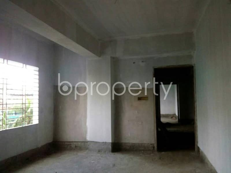 Check This Nice Flat For Sale At Chand Mia Road Nearby Baitun Nur Jame Masjid