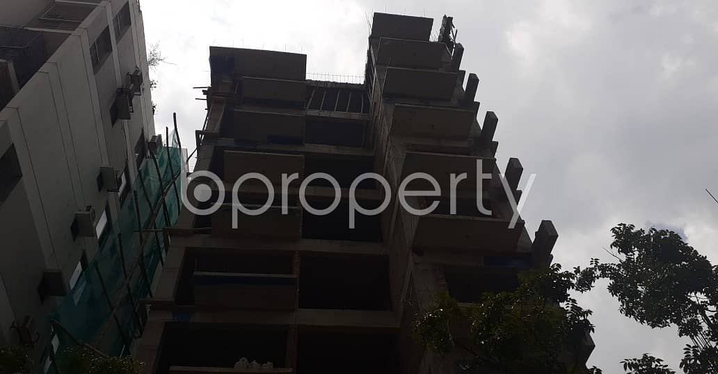 2100 Square Feet Large And Comfortable Residential Apartment Sale At Bashundhara ,Block D.