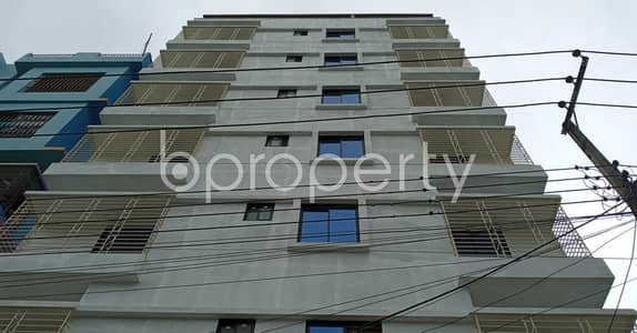 2 Bedroom Flat for Rent in Bakalia, Chattogram - At Kolpolok R/A An Adequate Apartment Of 950 Sq. Ft Is Available For Rent.