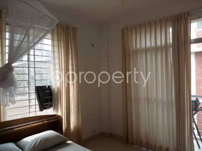 2200 SQ FT apartment is up for sale in Gulshan, near Gulshan Police Station.