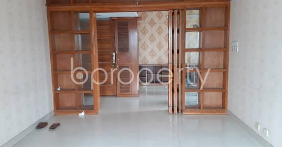 3 Bedroom Apartment for Sale in Gulshan, Dhaka - Remarkable Flat Is Up For Sale In Gulshan 1, Nearby Gulshan Central Mosjid