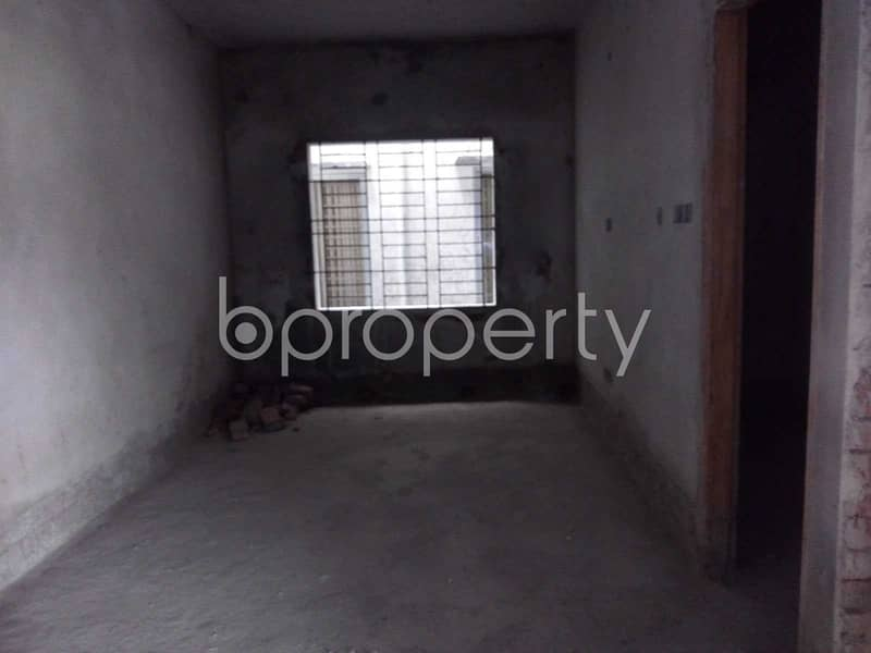 We Have A 900 Sq. ft Flat Which Is For Sale In North Shahjahanpur Near To Bagicha Masjid.