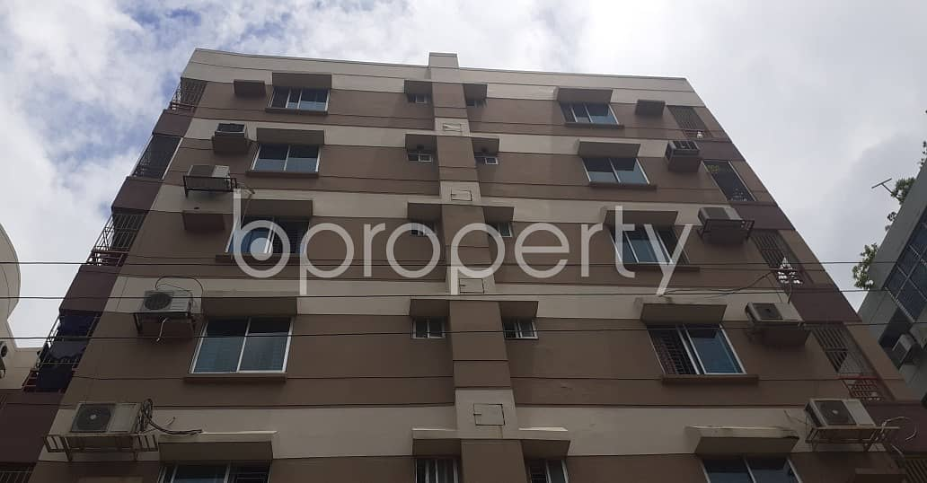 A Well Designed Apartment Is Waiting For Sale At Bashundhara R-a