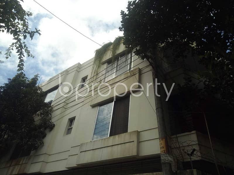 2400 Sq Ft Ready Flat For Rent At 15 No. Bagmoniram Ward Near Amirbag Jame Masjid