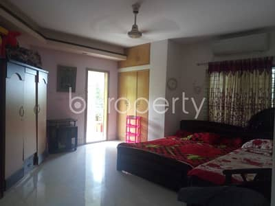 4 Bedroom Flat for Rent in 15 No. Bagmoniram Ward, Chattogram - Comfy Flat Covering An Area Of 2700 Sq Ft Is Up For Rent In Bagmoniram, Badshah Miah Chowdhury Road