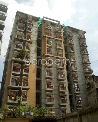 We Have A 1000 Sq. Ft Flat For Sale In Lalbagh Road.