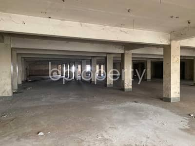 In Pallabi Near BSMR Maritime University, This Large Commercial Space Is Up For Rent