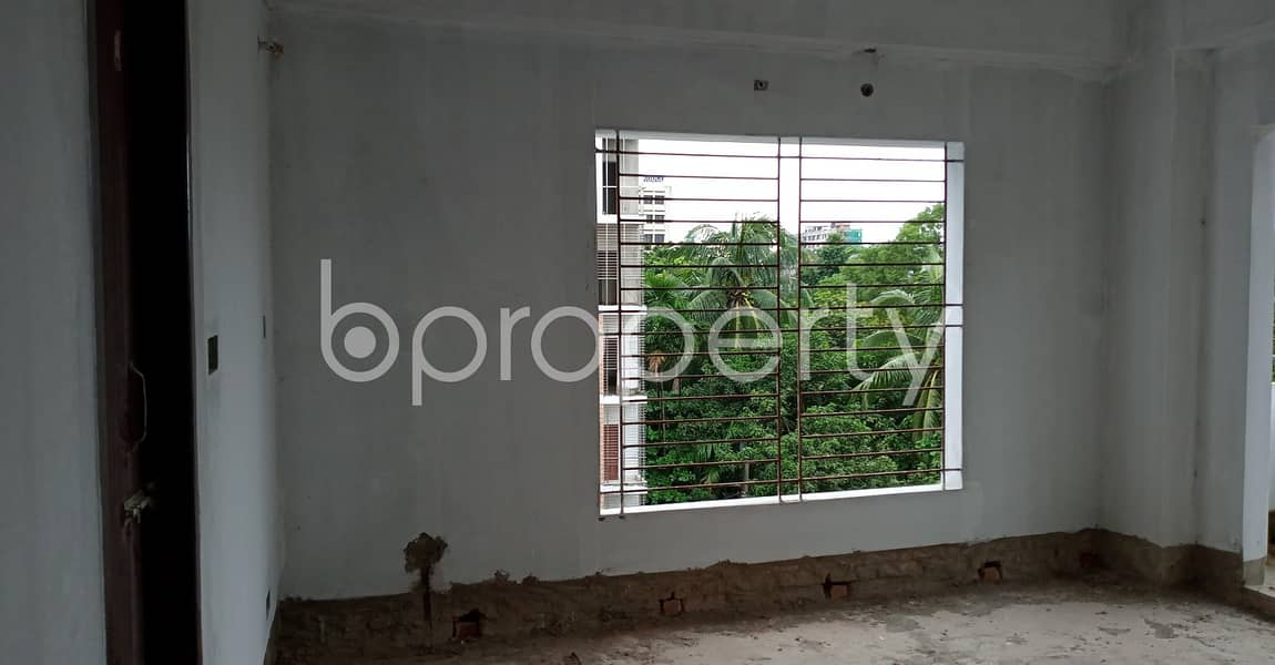 Offering you 1937 SQ FT flat for sale in Muradpur