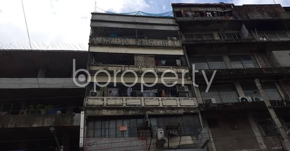 Check This Small Nice 500 Sq. Ft. Flat For Rent At New Market Nearby Bata Signal.
