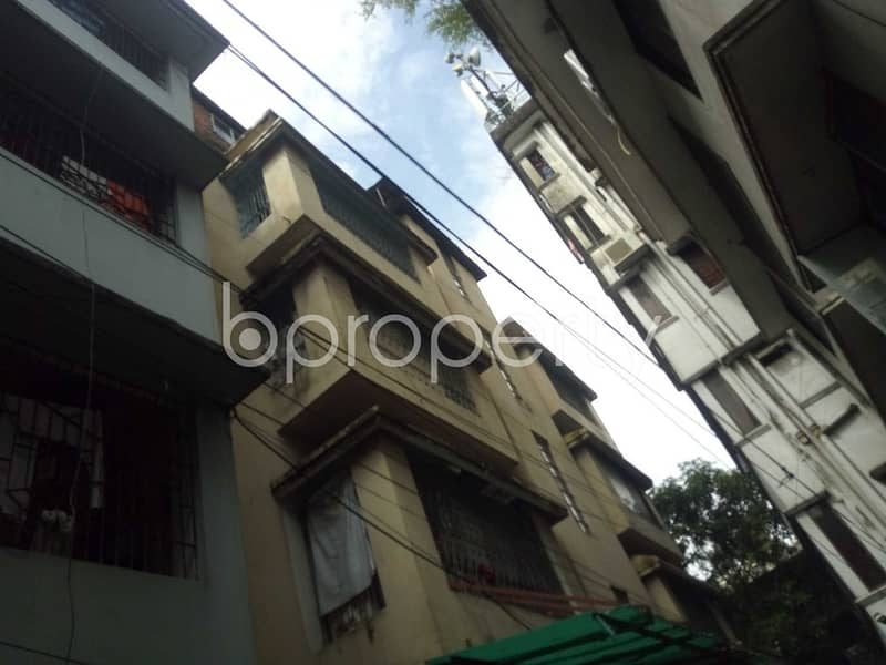 Plan to move in this 900 SQ FT flat which is up to Rent in Bagmoniram
