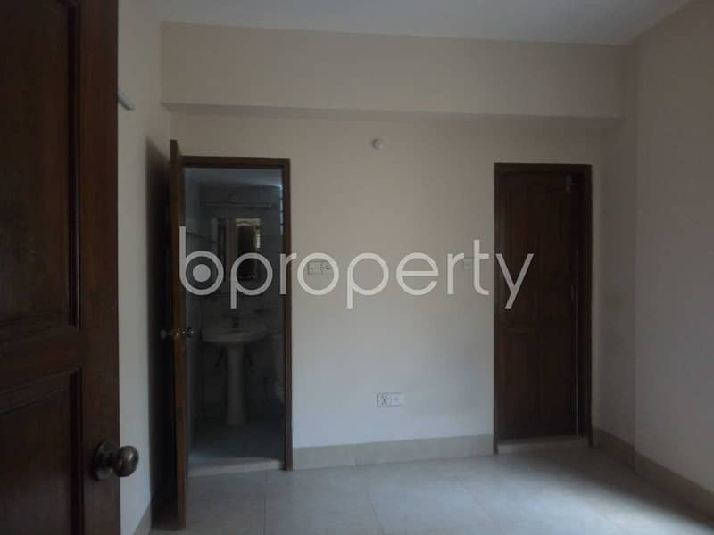 A Rightly Planned Flat Is Found For Rent In O. r. Nizam Road, Nearby Chattogram Metropolitan Hospital Limited