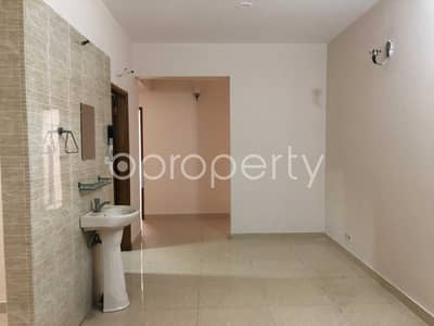 3 Bedroom Flat for Sale in Bashundhara R-A, Dhaka - Spaciously Designed And Strongly Structured, This Apartment Is Now Vacant For Sale In Bashundhara R-A Very Near To AIUB