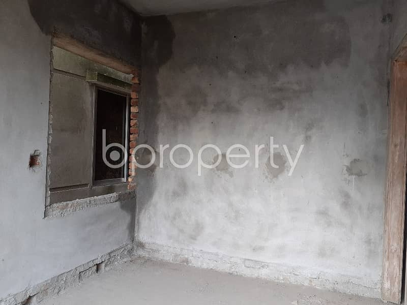 At Mohammadpur flat for Sale close to Shwapno