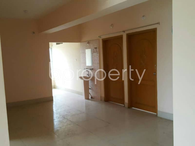 1450 Sq Ft Ready Comfortable Flat Is For Sale At Bayzid Close To Wazedia Jameh Mosque