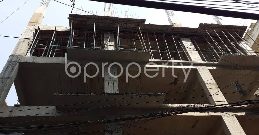 See This Apartment Is Up For Sale In Dhanmondi Near West Dhanmondi Yousuf High School.