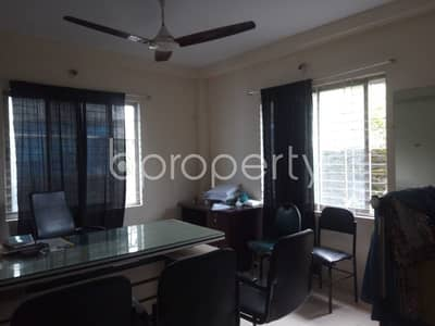 3 Bedroom Flat for Rent in 15 No. Bagmoniram Ward, Chattogram - Comfy Flat Covering An Area Of 1100 Sq Ft Is Up For Rent In Bagmoniram