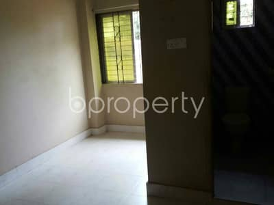 1 Bedroom Flat for Rent in Hathazari, Chattogram - 600 Sq Ft Ready Comfortable Flat Is For Rent At Aman Bazar