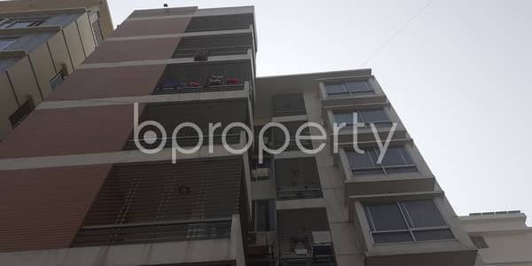 A 2000 Sq. Ft Apartment Is For Sale In Bashundhara R-A Near Viquarunnisa Noon School and College.