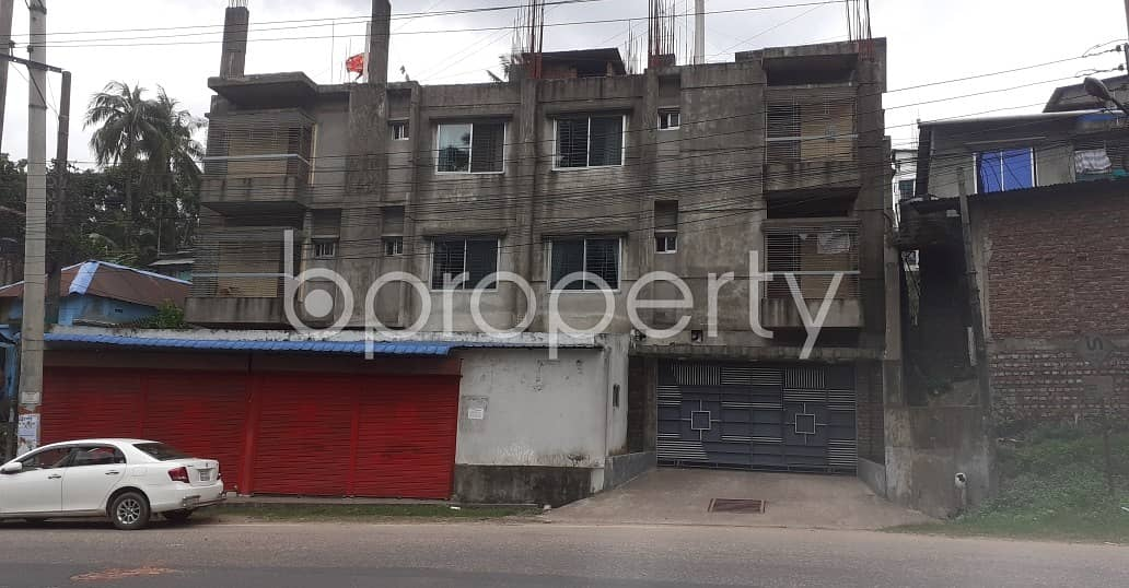 A Residential Building Of 9000 Sq Ft Is For Sale In Akbarshah Near Akbar Shah Railway Housing Mosque.