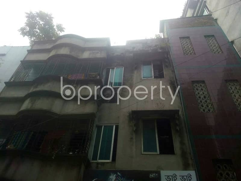 500 Sq. ft. Warehouse Is For Rent In Uttar Badda.