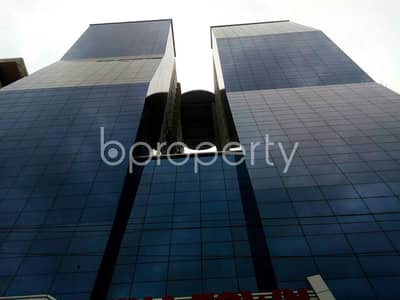 Office for Sale in Motijheel, Dhaka - A Large 1561 Square Feet Office Space Is For Sale In Naya Paltan