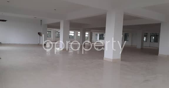 Floor for Rent in Savar, Dhaka - This Lucrative 10000 Sq. Ft Open Space Up For Rent In South Kalma.