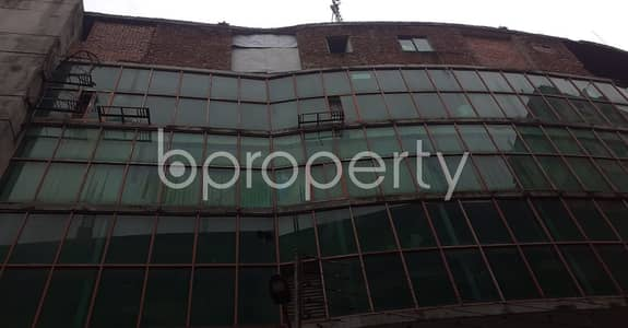 Shop for Rent in Kotwali, Dhaka - A 100 Sq Ft. Commercial Shop Is For Rent In Kotwali Close To Wise Ghat Moshjid.