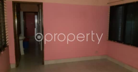 2 Bedroom Apartment for Rent in New Market, Dhaka - At New Market, 650 Sq Ft Flat For Rent Opposite To Teacher's Training College.
