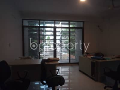 3 Bedroom Apartment for Sale in 15 No. Bagmoniram Ward, Chattogram - Offering You 1750 Sq Ft Flat For Sale In O R Nizam Road Residential Area