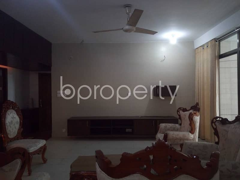 An Impressive 1750 Sq Ft Residential Apartment Is Up For Sale In The Center Of O R Nizam Road Residential Area.