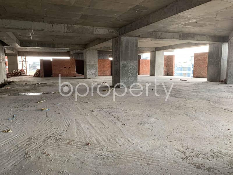 Masterful Commercial Space Of 18129 Sq Ft Is Vacant For Sale In Bashundhara R-A
