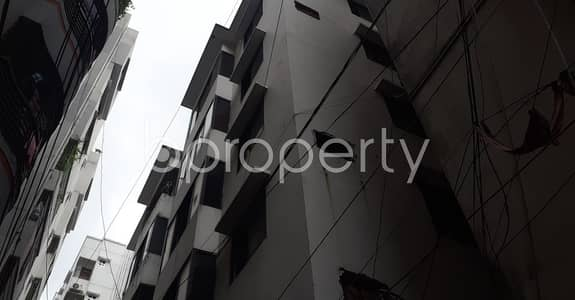 2 Bedroom Flat for Sale in Kalabagan, Dhaka - Your Desired 2 Bedroom Medium Size Home In Green Road Is Now Vacant For Sale