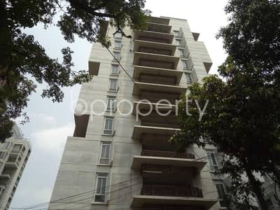A 3500 SQ Ft nice and comfortable apartment is up for rent in Gulshan 2 near to Gulshan Police Station