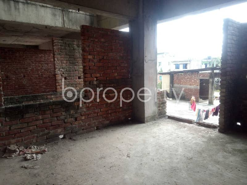 A well-constructed 1395 SQ FT flat is for sale in Sheikh Bahar Ullah Lane, Panchlaish