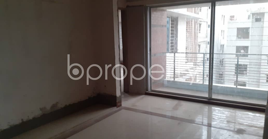 Flat For Sale Covering A Beautiful Area In Bashundhara R-A Nearby Chapra Masjid