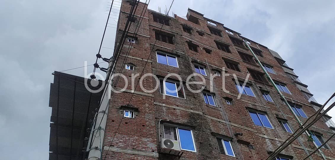 Offering you 1050 SQ FT apartment to Rent in Badda