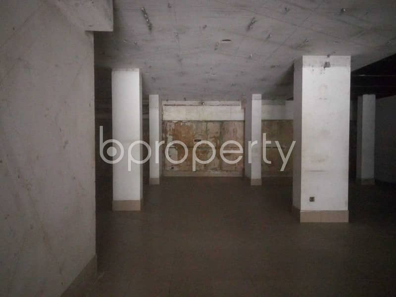 An Ample Commercial Office Space Is Up For Rent In Progoti Sharani .
