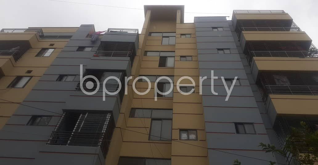 Close To Uttara 12 No. Sector park An Apartment For Rent Is Available .