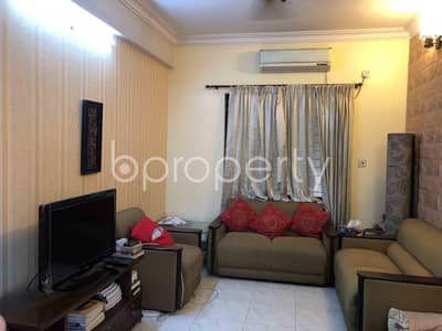 3 Bedroom Flat for Sale in Shegunbagicha, Dhaka - 3-Bedroom Spacious Apartment With A View Is Up For Sale Nearby Begum Rahima Adarsha Balika Uchcha Bidyalaya
