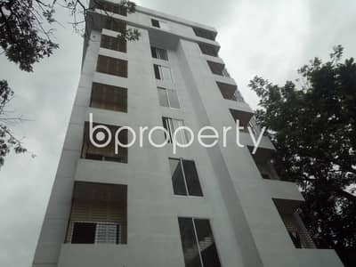 4 Bedroom Duplex for Rent in Bashundhara R-A, Dhaka - A Lovely Duplex Apartment Covering An Area Of 3000 Sq Ft Is Up For Rent In Bashundhara R-a Near Eye Hospital