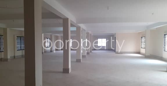 Floor for Rent in 30 No. East Madarbari Ward, Chattogram - Use This 3300 Sq Ft Rental Property as Your Office, Located At Madarbari nearby Madarbari Jame Masjid