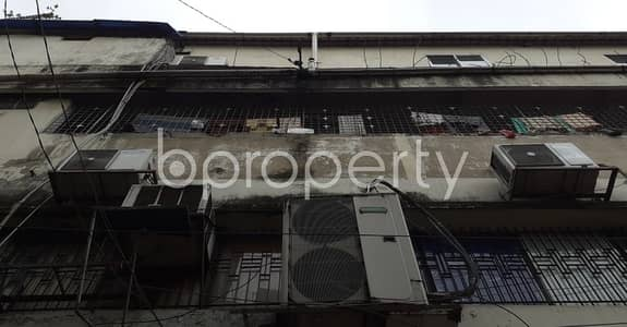 Warehouse for Rent in New Market, Dhaka - A Small Warehouse Is Up For Rent At Elephant Road