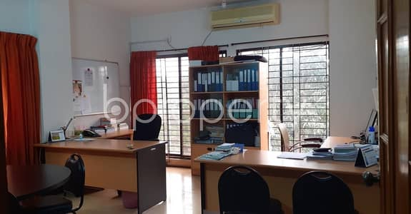 Office for Rent in Gulshan, Dhaka - Grab This 2070 Sq Ft Commercial Office Is Up For Rent In Gulshan 2