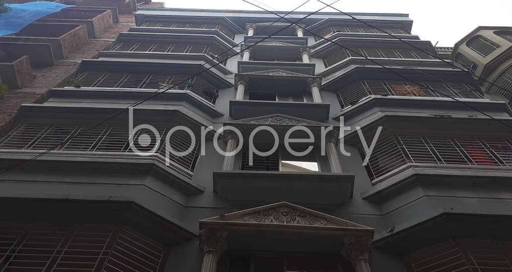 Nice 750 SQ FT apartment is available to Rent in Banasree