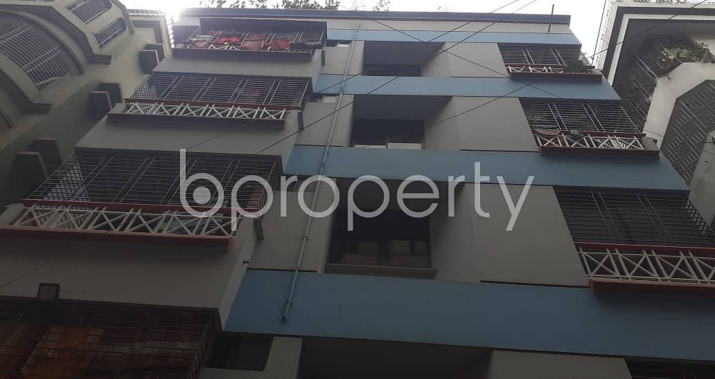 Nice 950 SQ FT apartment is available to Rent in Banasree, Road No 3